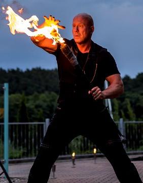 Feuershow in Neetzow